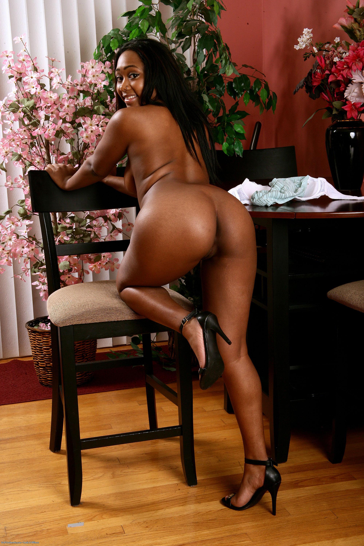 Nude pics Tan ined milf pics
